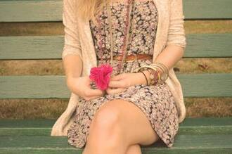 dress girl beautiful summer bench jacket bracelets necklace floral dress