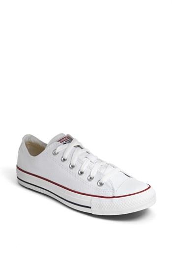bad8e757687ec0 Converse Chuck Taylor® Low Top Sneaker (Women)