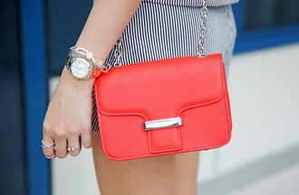 camille tries to blogger top shorts bag jewels shoes