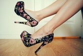 shoes,heels,high heels,floral,black,high waisted,roses,girly,clubwear,flowers,rose,pretty,prom heels,floral high heels,cute high heels,high,classy,dark,talons,haut,plateau,floral shoes,print,black heels,pink shoes,yellow,green high heels,beautiful,colorful,perfect,heaven,nails,nail polish,make-up,dress,prom,fashion,fashion],fashionista,heels\,high heels.,black/white heels,flowers\,channel #makeup,pretty#,prom/homecoming dress with sequins,fashion\,fashion+,floral heels