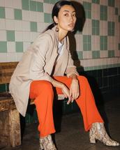 jacket,pants,orange pants