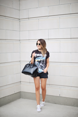 blogger t-shirt sunglasses bag jewels thrasher urban outfitters metallica black shorts nike roshe run rayban givenchy bag graphic tee black bag choker necklace round sunglasses white sneakers absolutemarket black choker