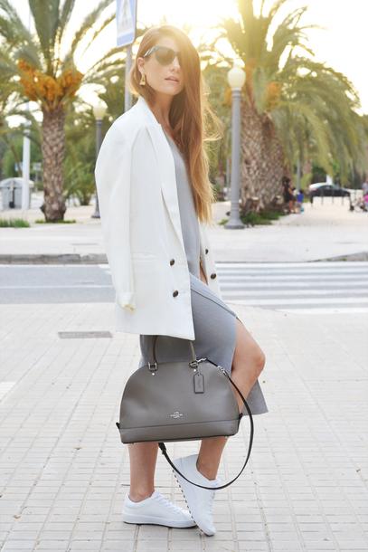 the 109 block blogger dress jacket shoes jewels sunglasses sneakers blazer white blazer handbag grey bag grey dress fall outfits