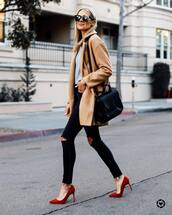 shoes,red pump,high heel pumps,black ripped jeans,coat,black bag,sweater