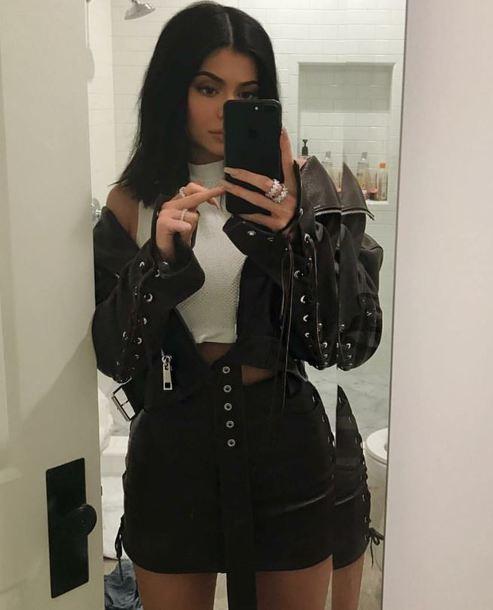 skirt jacket kylie jenner kardashians mini skirt instagram summer outfits leather jacket leather skirt