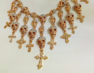 jewels diamonds necklace skulls gold cross epic chique bling skull