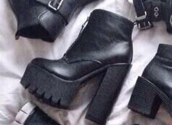 goth crunge punk punk rock fall outfits pastel goth new cool high heels boots