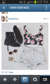 shoes,black boots,pants,shirt,tank top,jewels,shorts,ariana grande,beautiful,crop tops,floral,top,sunglasses,bustier,summer outfits,cute,High waisted shorts,blouse,floral tank top,fleuris,flowers,hipster,soft grunge,combat boots,boots,crop floral top,t-shirt,bandaeu,summer,white,crop,combat,high waisted,pink flowers,hippie,bracelets,gold,hippie glasses,jewelry,cute outfits,light,bralette,wow,flower top,floral top,bandeau,bralette tops,pink roses,roses,cropped shirt,floral shirt,floral t shirt
