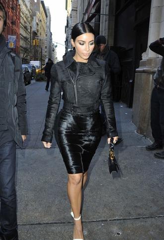 jacket black jacket black skirt pencil skirt classy streetstyle keeping up with the kardashians kim kardashian kimye office outfits candid 2015 black bag white shoes sleeked back