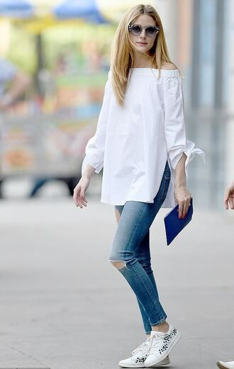 blouse top jeans sneakers skinny jeans sunglasses blogger olivia palermo shoes