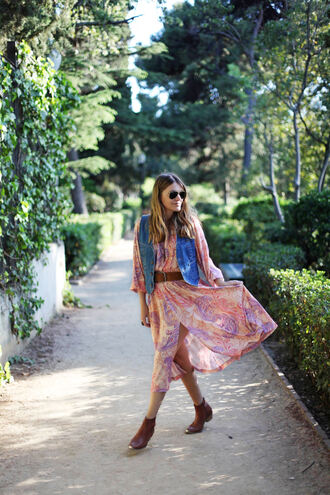 my daily style blogger dress bag shoes jacket