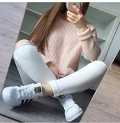 sweater,jeans,white,white jeans,ripped,ripped jeans,pastel,cute,tumblr girl,tumblr,tumblr outfit,pink,cream,girly,pastel sweater,bag,rose,aesthetic,pink sweater,knitted sweater