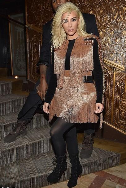 dress fringes kim kardashian fashion week 2015
