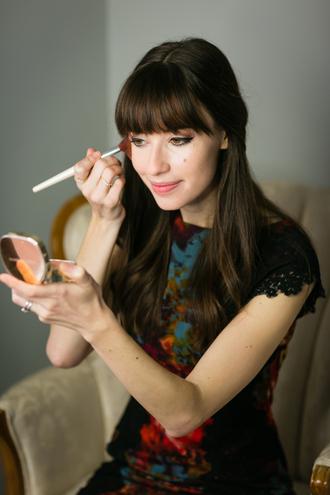m loves m blogger make-up nail polish patterned dress