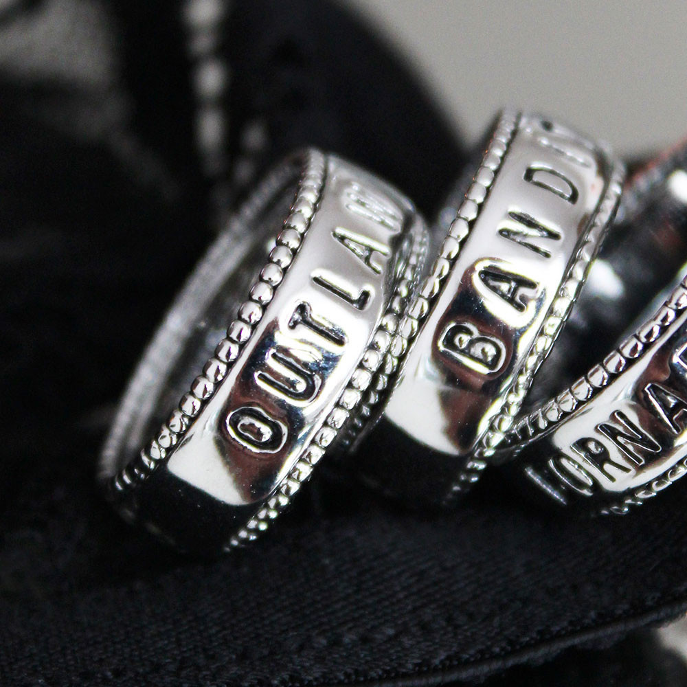 Outlaw Ring