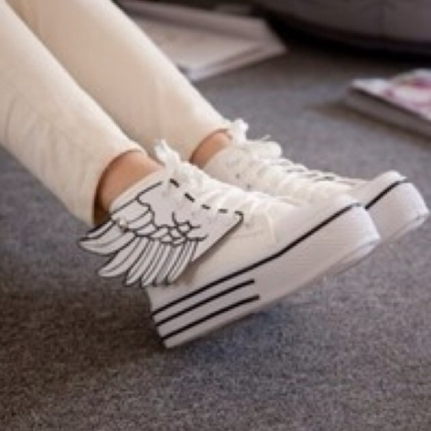 shoes kawaii shoes white sneakers