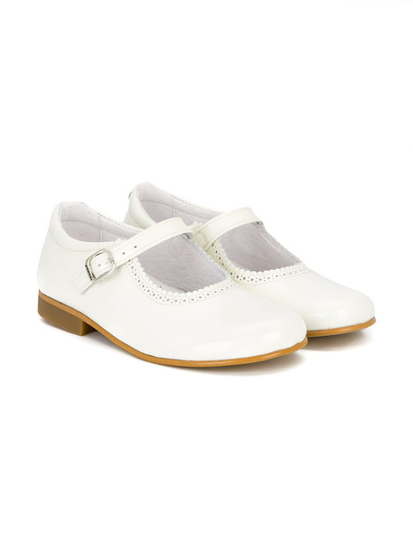 Andanines Shoes scalloped leather white shoes