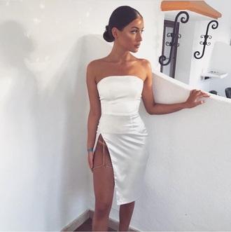 dress mini dress mini white white dress casual casual dress simple dress strapless strapless dress sleeveless dress sleeveless cut-out cut-out dress leg cutout summer summer dress summer outfits