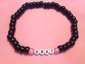 jewels,bracelets,beaded bracelet,black,brat