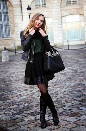 dream love shop blogger jacket sweater scarf winter outfits black skirt circle skirt black boots