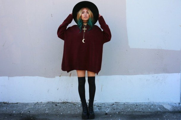the river wolf blogger moon soft grunge burgundy sweater sweater dress necklace knee high socks sweater jewels
