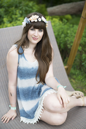 andy sparkles blogger flower crown tie dye dress