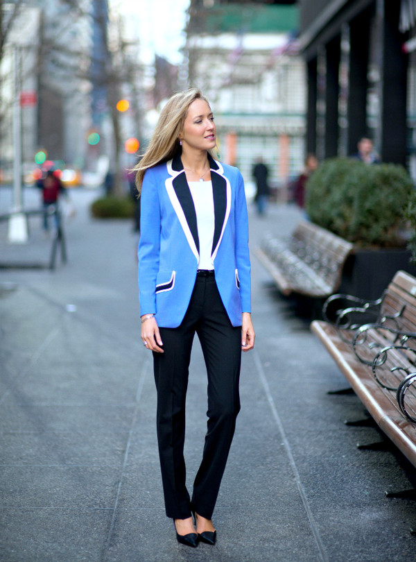 the classy cubicle jacket pants t-shirt shoes jewels