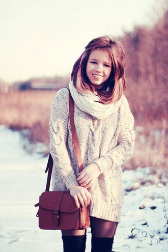 bag brown bag cable knit winter outfits
