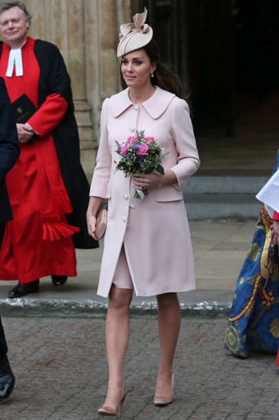 clutch kate middleton pink coat