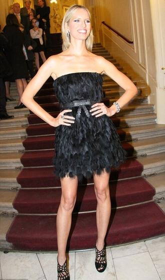 black dress prom dress cocktail dresses gown karolina kurkova feathers strapless