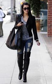 jeans,kim kardashian