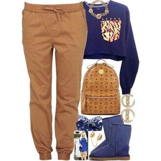 shirt sweater crop tops knited joggers bandana print phone cover boots pants