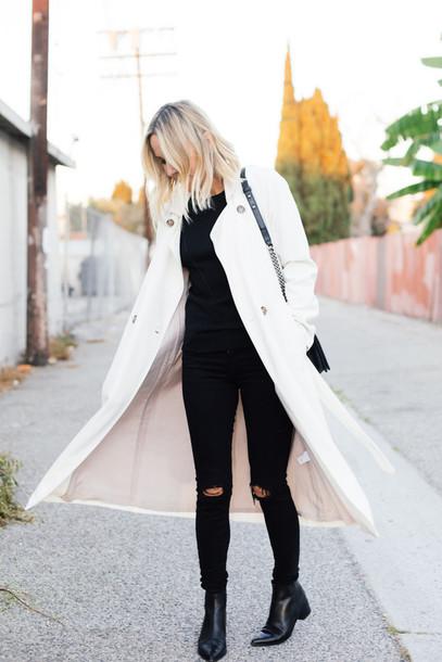 damsel in dior blogger jeans bag