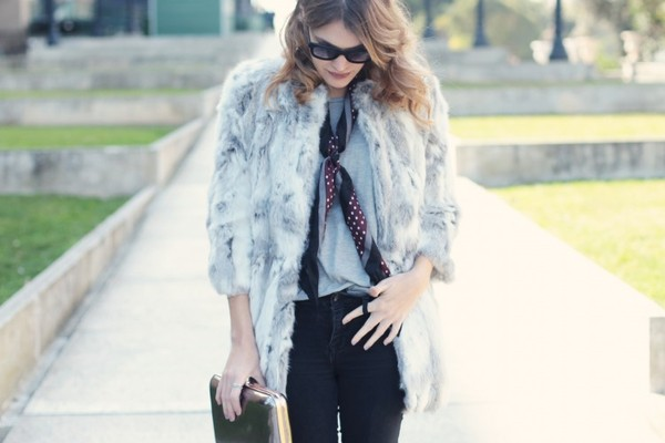 my daily style coat jeans scarf bag sunglasses shoes