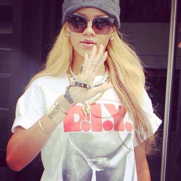 t-shirt diy sexy rihanna celebrity sunglasses dress jewels