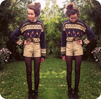 khaki black boots tights fox fall outfits sheer navy christmas fold over boots khaki shorts high waisted khaki shorts christmas sweater kaki high wasted shorts high waisted shorts