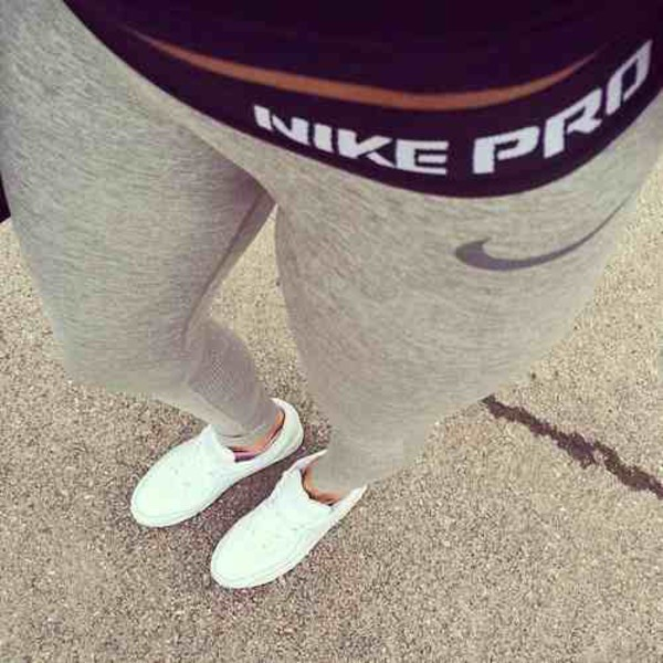 pro leggings grey