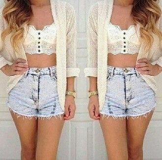 top summer outfits white buttons lace crop tops