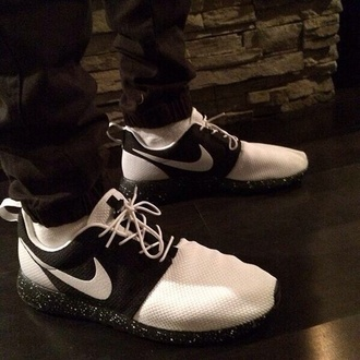 shoes nike running shoes nike sneakers nike roshe run black and white nike roshe run