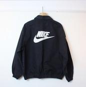 jacket,nike,vintage,pullover,hoodie,nike tick,black and white,white,blanc,noir,blaser,sportswear,sporty,fashion,black