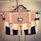 bag,tassel,satchel bag,crocodile,creme,gorgeous,college