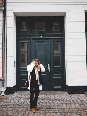 emilysalomon blogger coat sweater jeans scarf shoes bag fur coat white fur coat winter outfits