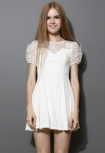 dress floral embroidered white puff pleated