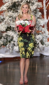 dress,reese witherspoon,floral,sandals,holiday season,shoes