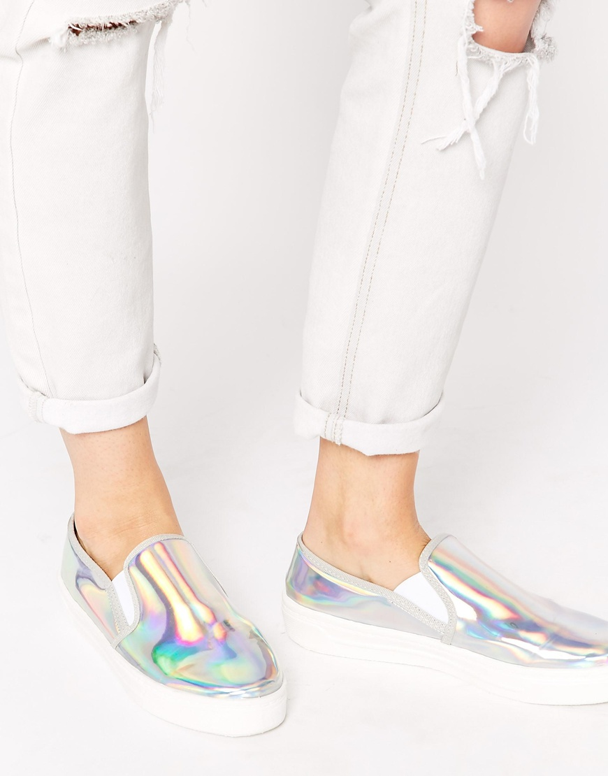 Get the shoes for 85£ at Asos UK Wheretoget