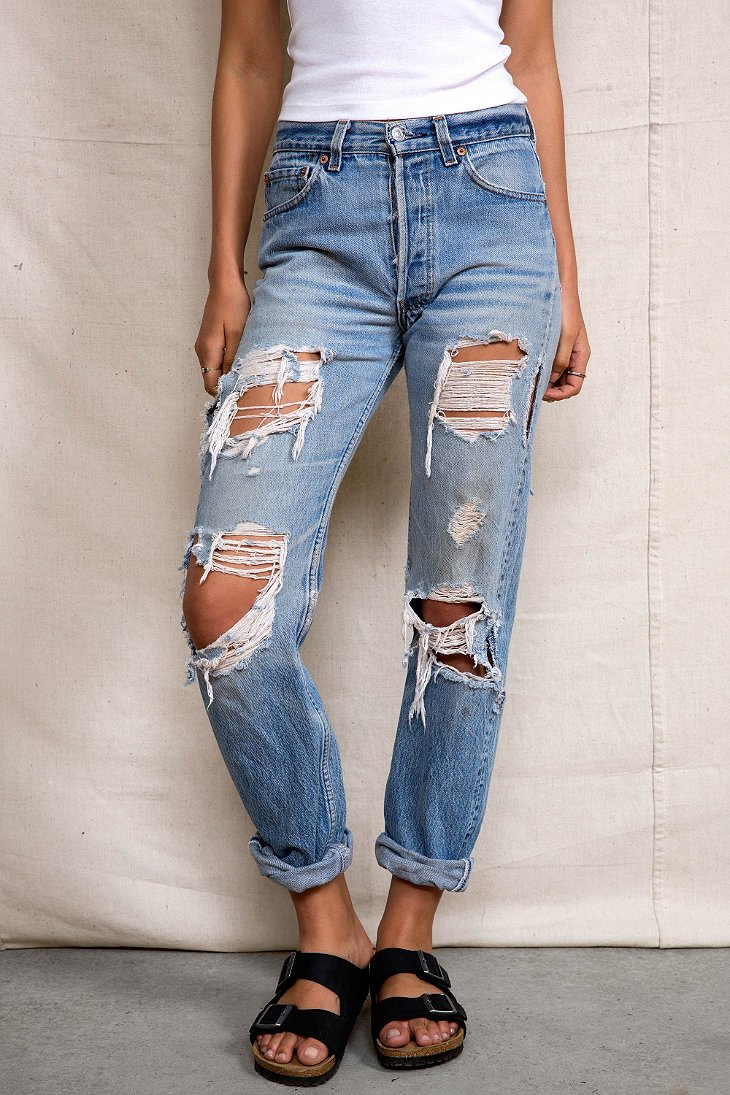 Renewal Super-Destroyed Levi's Jean - Urban Outfitters