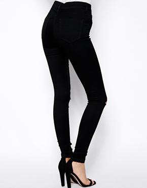 ASOS | ASOS – Ridley – Ultraenge Röhrenjeans in reinem Schwarz mit hoher Taille und Rissen an den Knien bei ASOS