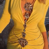 dress,belt,jewels,body chain,piercing,chain,body,belly,belly chain,belly buttom,navel,belly piercing,jewelry