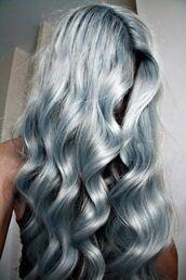 hair accessory,silver hair,long hair,curled hair,hairstyles