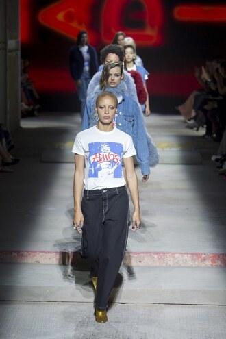 jeans top t-shirt runway topshop unique london fashion week 2017 adwoa aboah model shoes